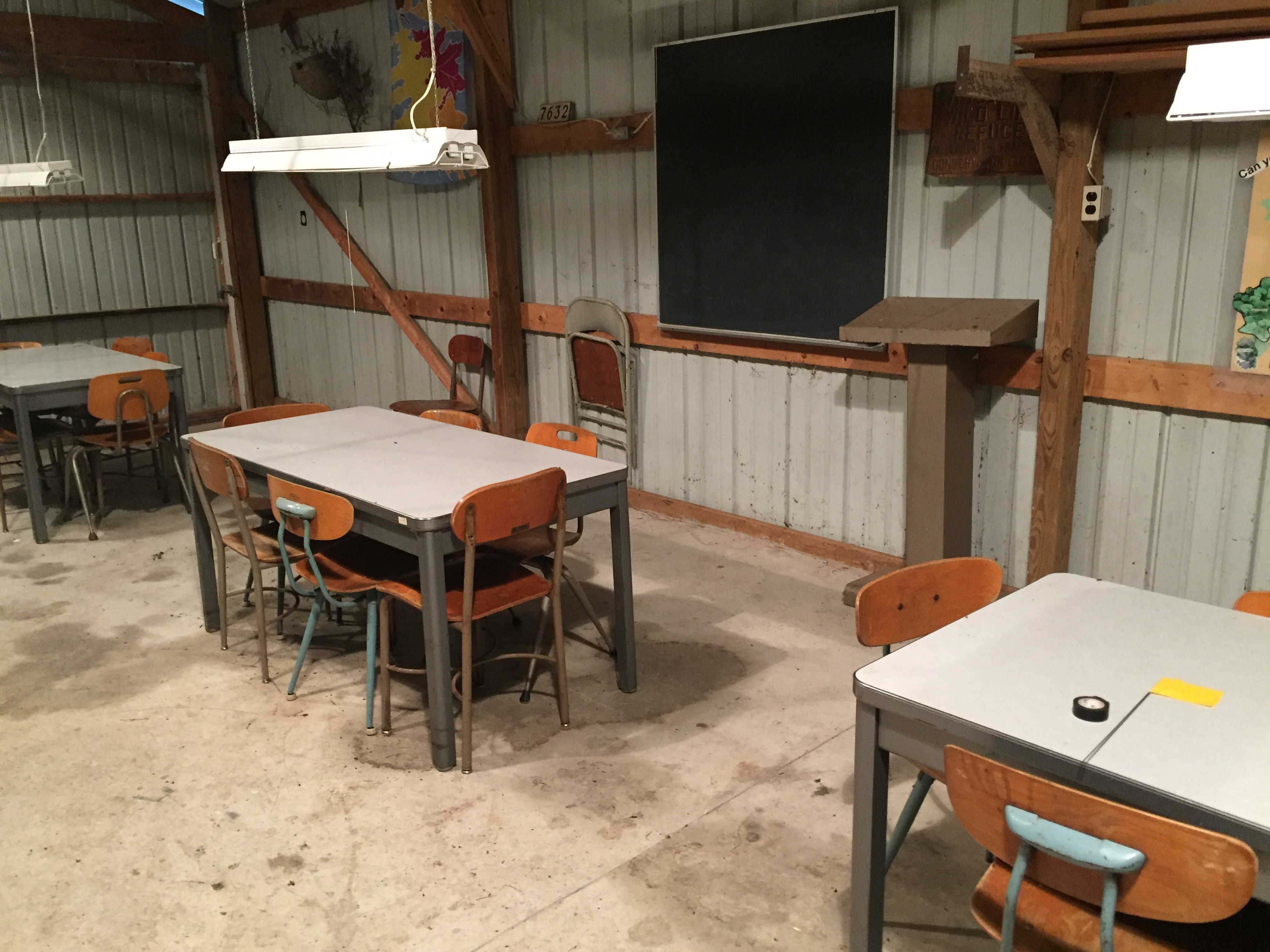 FarmShedDesks